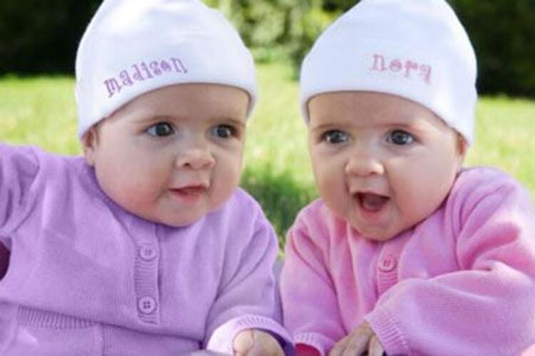 Neden tek yumurta ikizlerinin parmak izleri birbirini tutmuyor