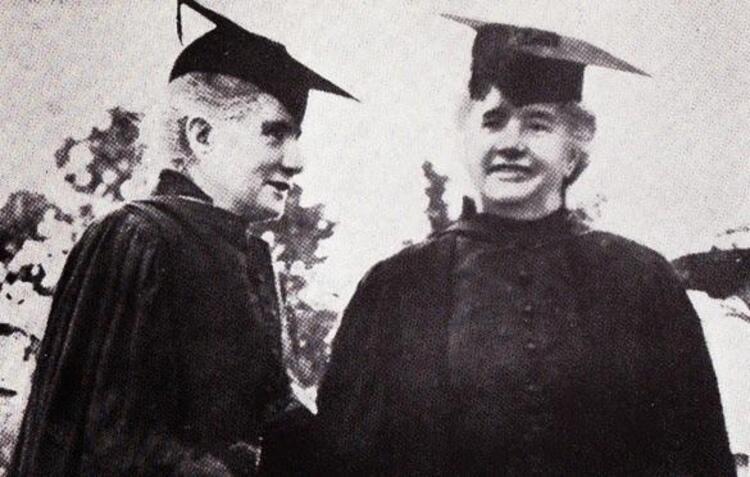 Agnes ve Margaret Smith