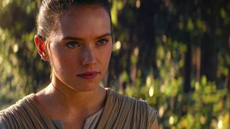 Star Wars: Güç Uyanıyor / Star Wars: The Force Awakens (2015)