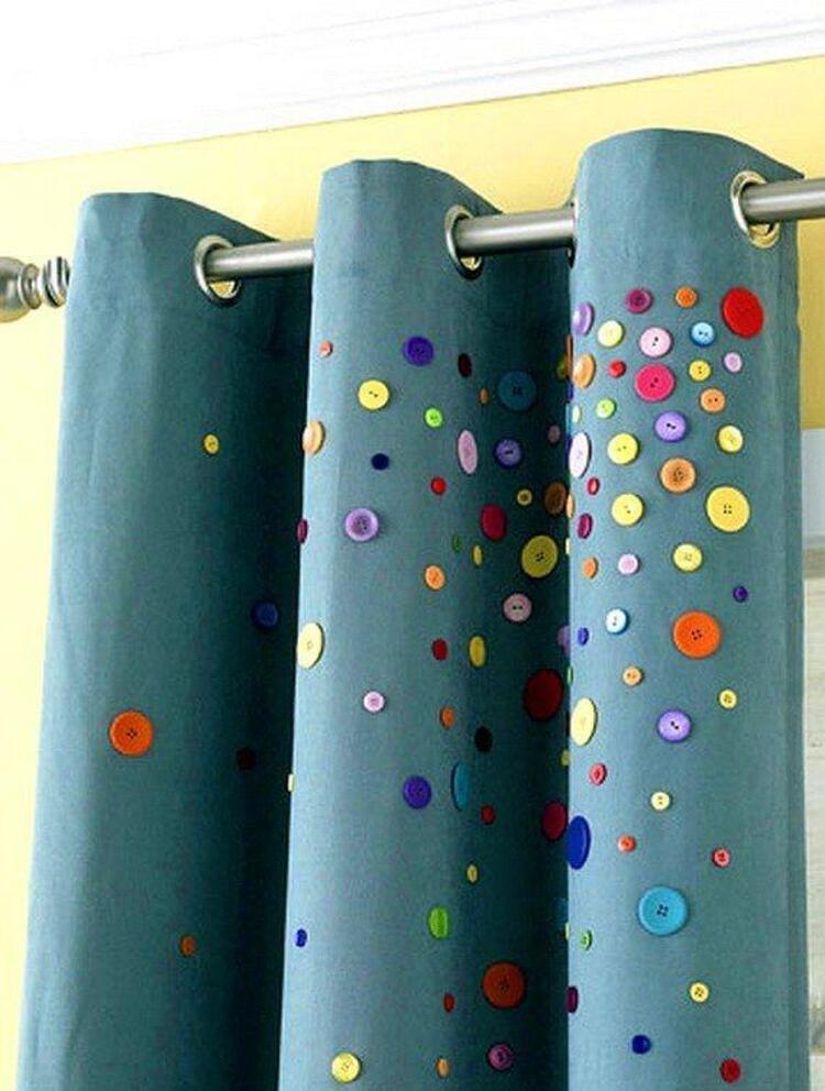 Perdelerinizi de yastıklarınıza uydurmak için düğmeleri kullanmaya devam edebilirsiniz.