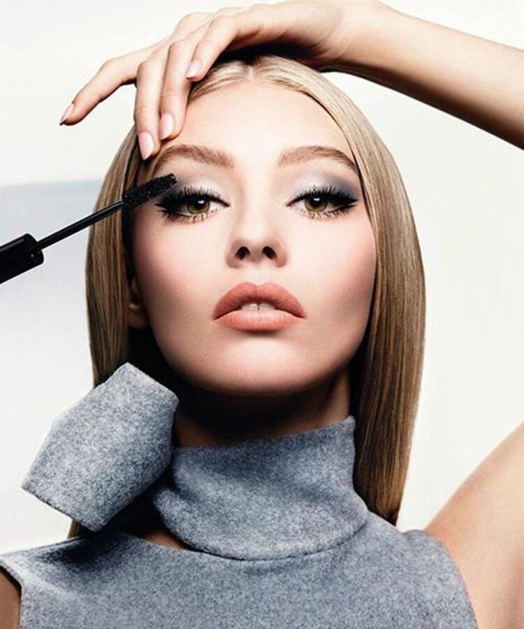 Hem pırıltıyı hem romantizmi hem de bronzluğu bulabileceğiniz sonbahar-kış makyajına gelin birlikte göz atalım.Dior