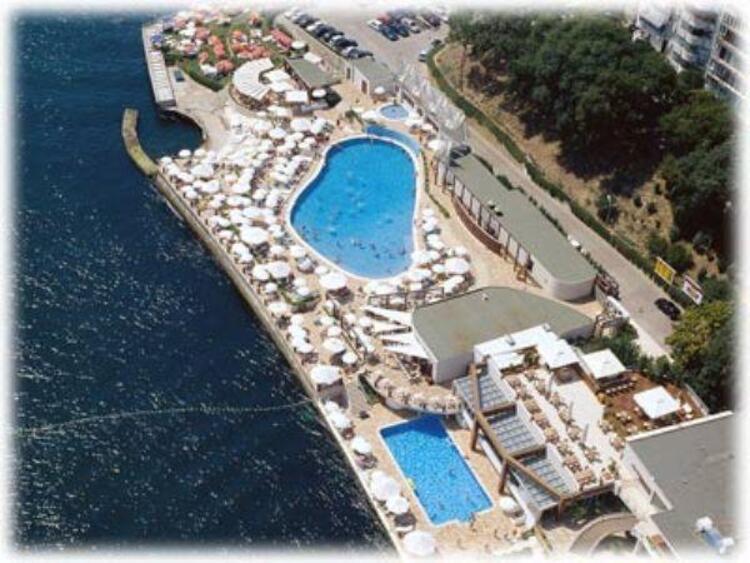 Moda Deniz Kulübü Havuz İstanbul