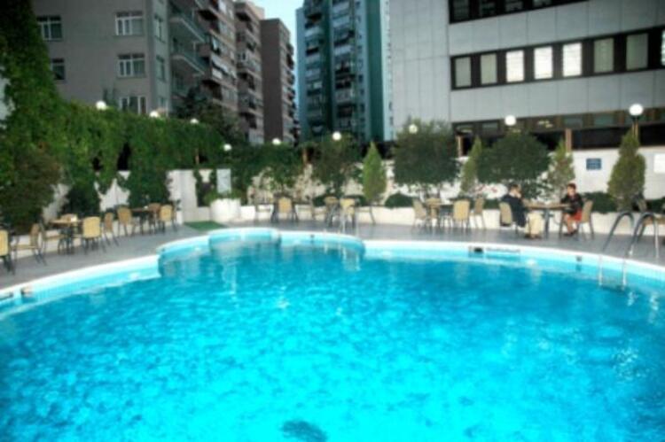 Sürmeli Otel İstanbul Havuz
