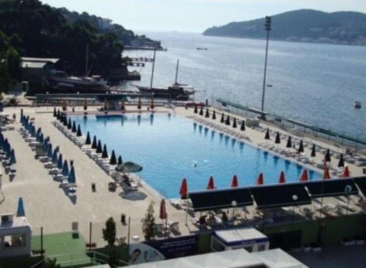 Anadolu Kulübü Büyükada Şubesi Havuz İstanbul