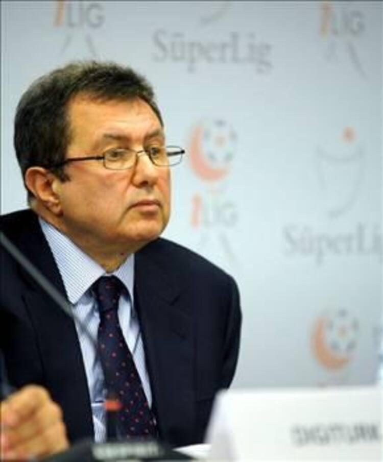 1- Mehmet Emin Karamehmet