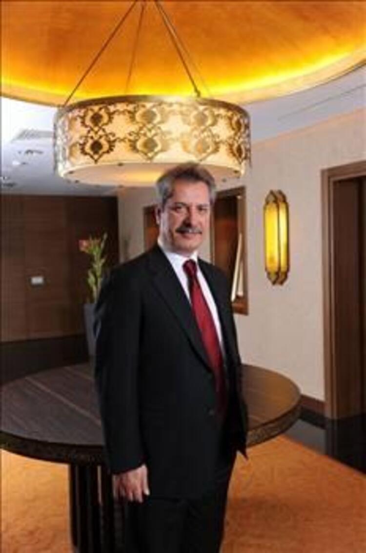 20- Ahmet Çalık