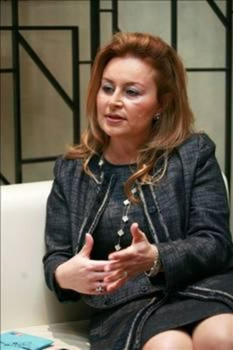 55- Demet Sabancı Çetindoğan
