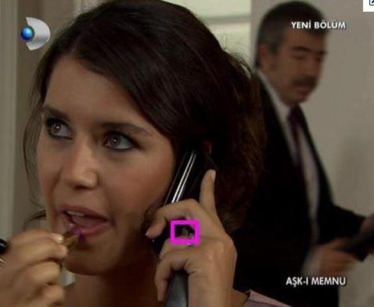 BİHTER DE TELEFONU TERS TUTUYOR