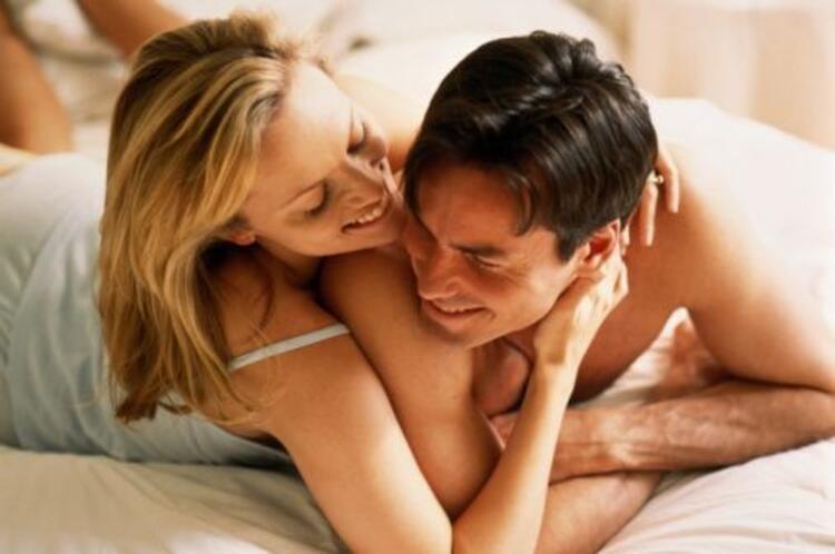 Çift Yatakta Hevesli Görünmeli