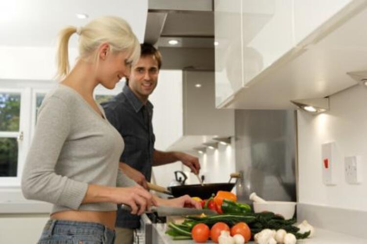 Yanlış 3: Ev işi yapmamızdan çok hoşlanırlar