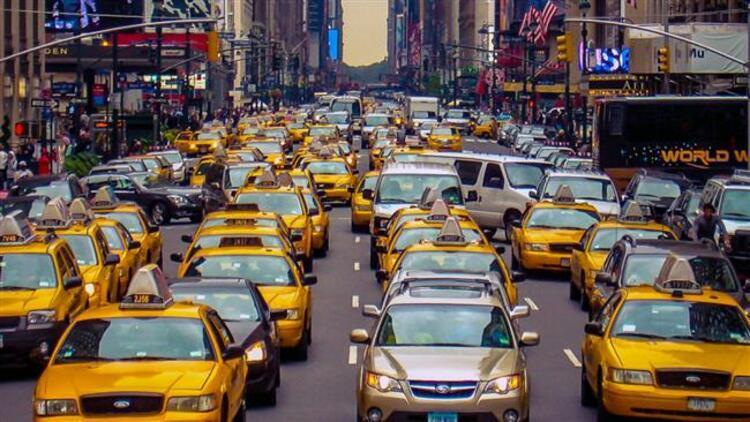 Tatil trafiği stresini yaşamak