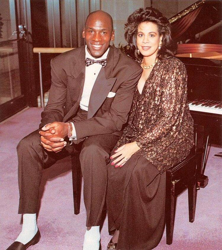 Michael Jordan ve Juanita Jordan – 168 Milyon $