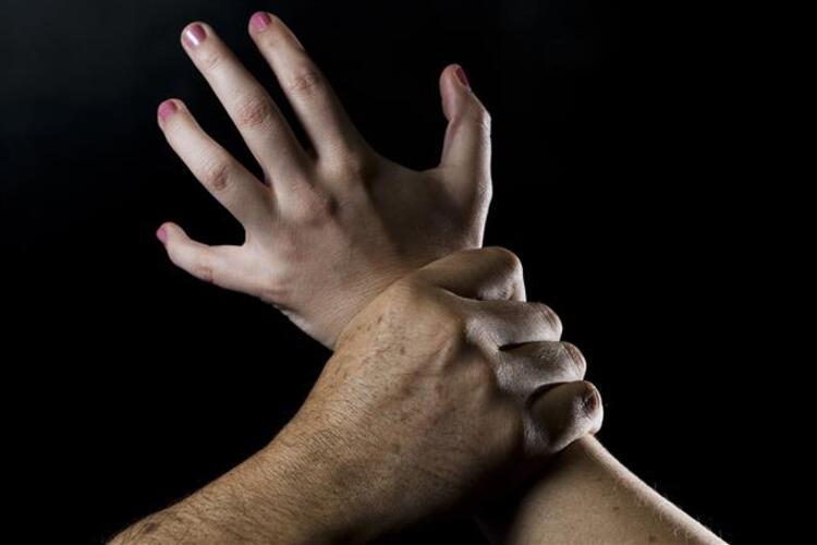 3-Aile içi şiddet erkeklerden soğutuyor