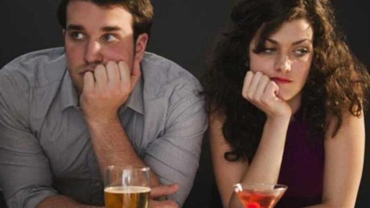 Erkekleri ilk buluşmada ele veren beden dili işaretleri nelerdir Hepsi haberimizde