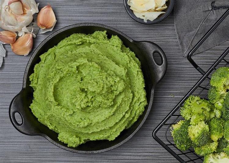 Elmalı brokoli püresi tarifi