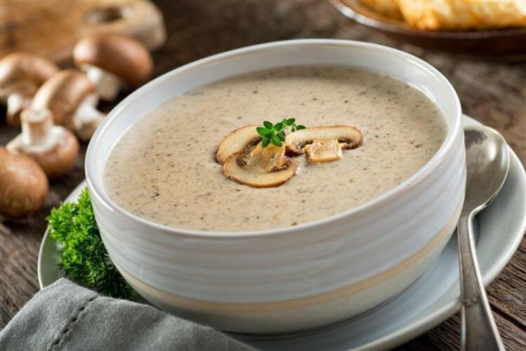 Türk mutfağında hatırı sayılır bir yere sahip olan çorbalar, hangi yöremiz olursa olsun severek tükettiğimiz besinlerdir. Peki, çorbaların lezzetinin yanı sıra vücudumuzda hangisinin neye iyi geldiğini biliyor musunuz
