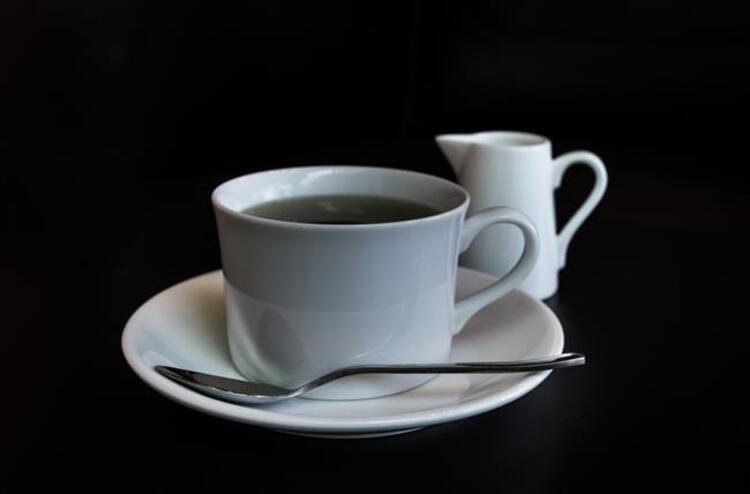 Çayın Yanında Bal Kullanın