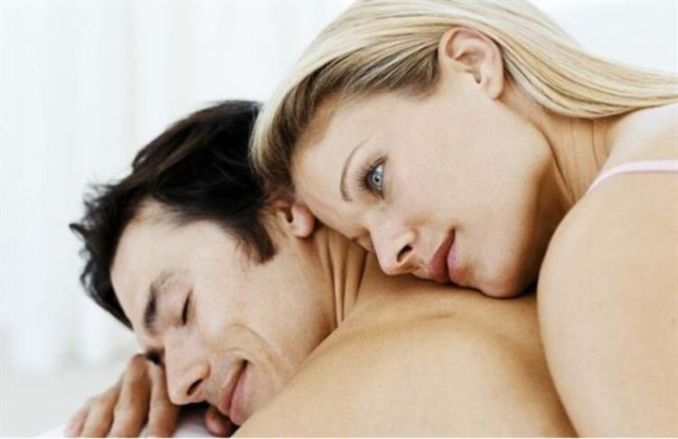 3. Erkekler yatakta sesli birliktelik isteyebilir