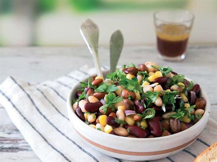 Salatasız Olmaz: Üç Fasulye Salatası