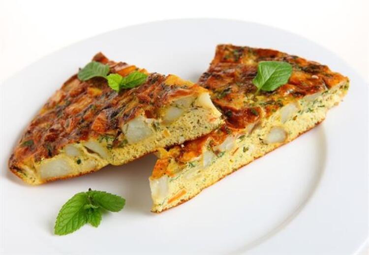 İspanyol omleti (tortilla paısana) tarifi malzemeler: