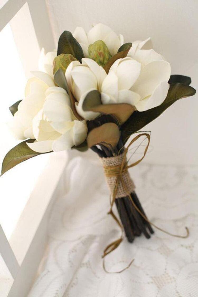 Gelin çiçeği:  Gelinliğin En Güzel Tamamlayıcısı