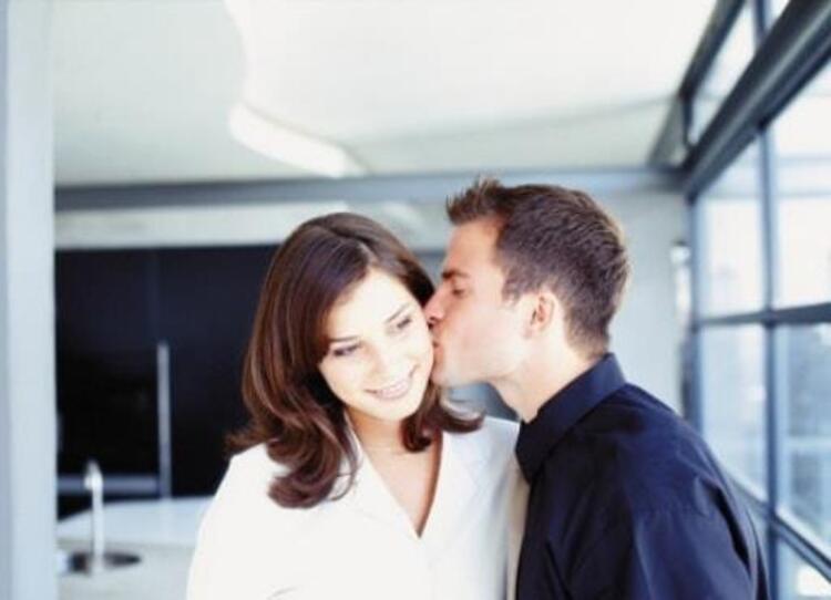 5-Aşk hayatınızı düzeltmez ve ihtiyaçlarınızı karşılamaz