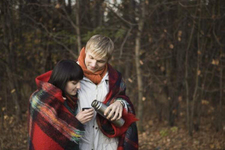 6-Aşk karşınızdakini mutlu etmenizi beklemiyor