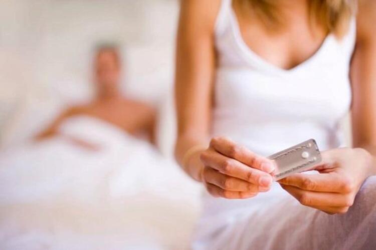 YANLIŞ 8: Doğum Kontrol Hapları Kısırlığa Ve Kilo Almaya Neden Olur