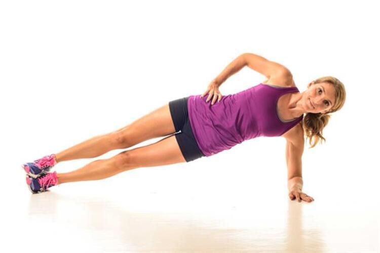 Bir diğer hareket yani 9.hareket ''Side Plank'';