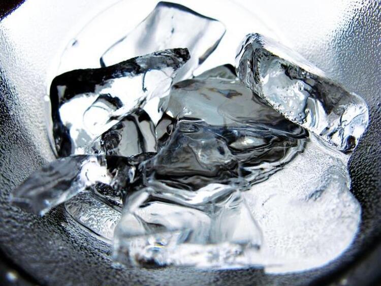 Buz küpü