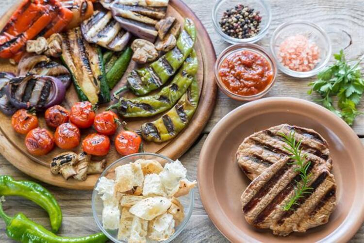8. Yağlı besinler ve kızartmadan kaçının