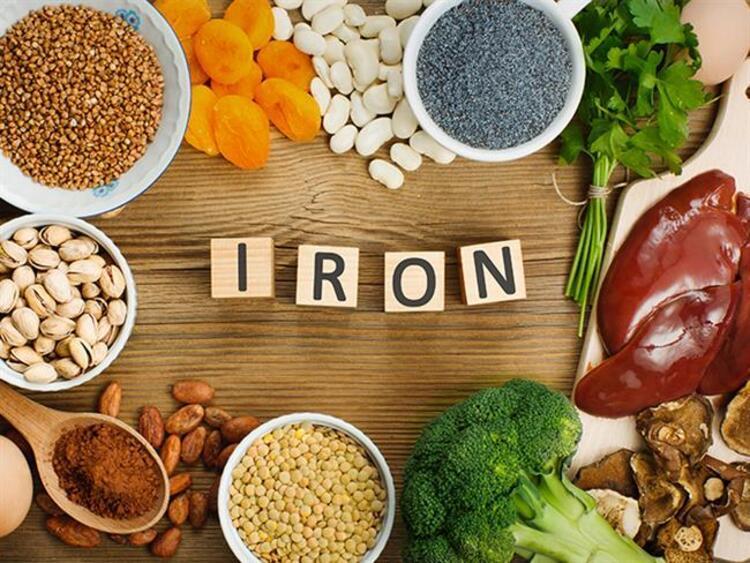 İçerdiği yüksek demir sayesinde vücuda enerji, dinçlik ve kuvvet sağlayan sağlık deposu 22 besin maddesini sizler için bir araya getirdikİŞTE BESLENMENİZDE MUTLAKA OLMASI GEREKEN 22 BESİN