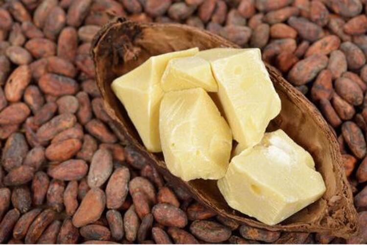Kakao Yağı Çatlaklarda Kullanılacaksa;