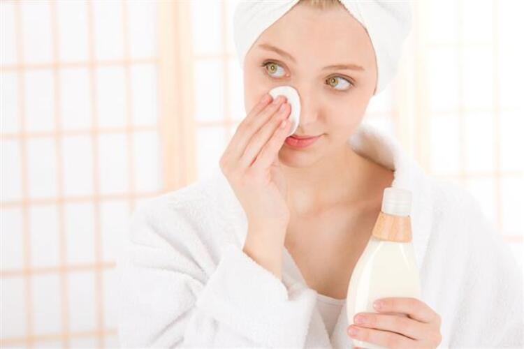 Hata 6: Günlük cilt temizliğini ihmal etmek