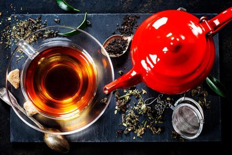 9- Yanlış: Yeterince çay, kahve içiyorum, bunlar su ihtiyacımı karşılar