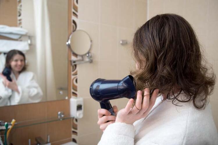 Saçlarınızı ısıya maruz bırakmayın