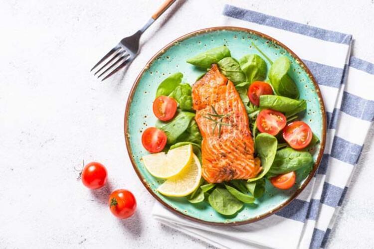 Yeşil salatayla C vitamini takviyesi yapın