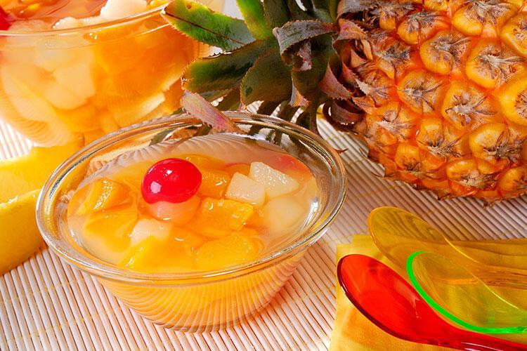 Kereviz ve ananaslı kızılcık şurubu tarifi