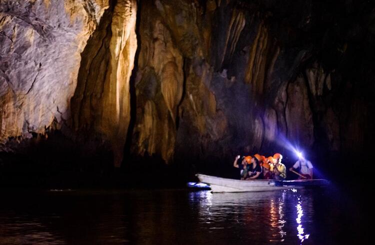 12- Puerto-Princesa Yeraltı Nehri, Filipinler