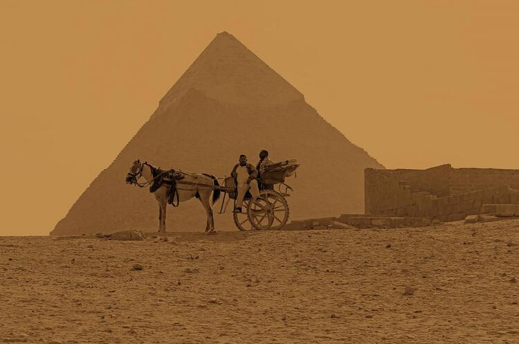 Dünyada Piramitler gibi çeşitli iddialarla gizemi hâlâ çözülemeyen ilginç yerler var. İşte gizemin hâkim olduğu bölgeler ve tüylerinizi ürpertecek hikâyelerden bazıları…