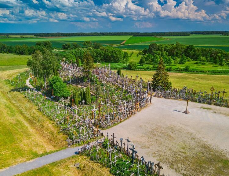 Haçlar Tepesi (Kryžių kalnas) / Litvanya
