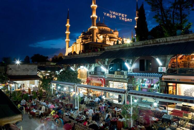 36- İstanbul / Türkiye