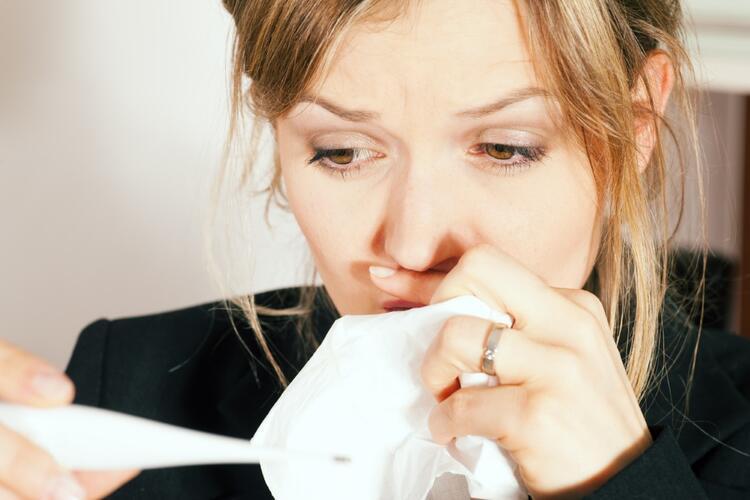 Belirtileri normal grip belirtilerine benziyor