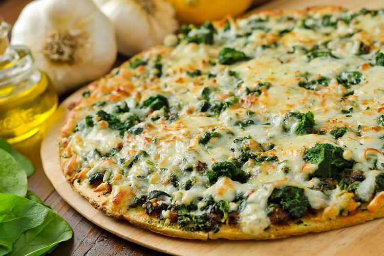 Ispanaklı ve lor peynirli pizza tarifi