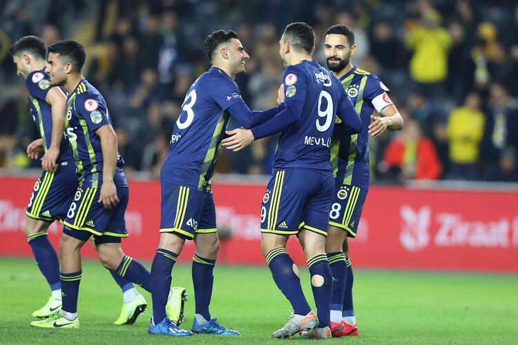 4- Fenerbahçe 62 puan - Şampiyonluk oranı: % 11.4