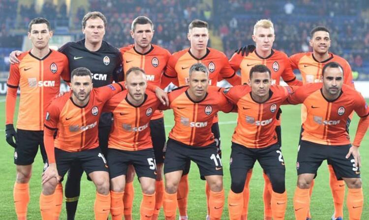 Shakhtar Donetsk evinde Benficayı 2-1 yendi