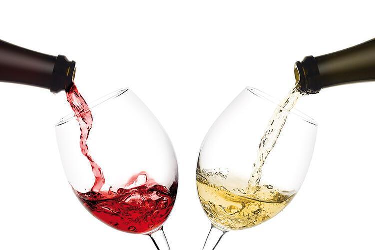 YANLIŞ 3 - Alkol içmek virüsü öldürür