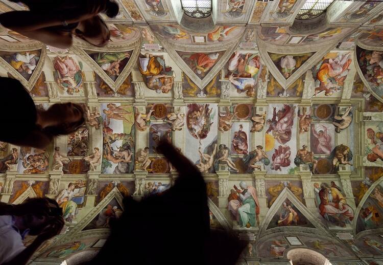 Vatikan Müzeleri ve Sistina Şapeli