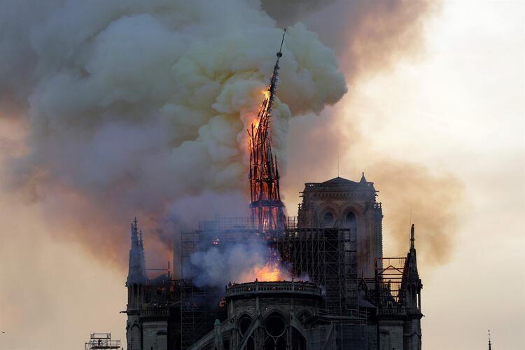 Küresel salgın koronavirus, Notre Dame Katedrali'nin restorasyonunu nasıl etkiledi
