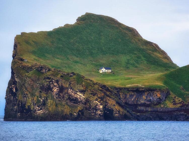 Ellidaey Adası üzerindeki ev